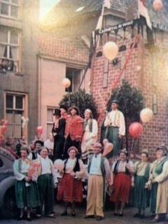 Kleurplaten Carnaval Oeteldonk.Carnaval In Dommelbaorzedurp Sinds 1947 Dommelbaorzedurp